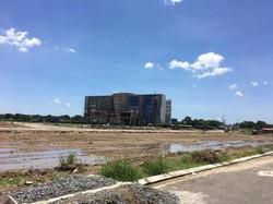 Chủ nhà chuyển công tác muốn chuyển nhượng lại mảnh đất 100 m hướng Tây Nam, trong khu dự án đô