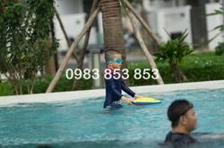 Nhà phố giá rẻ Q9 hồ bơi tiện ích công viên tàu điện ngầm trường học bệnh viện