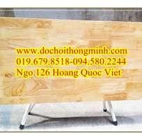 Thanh lí bàn trẻ em bằng gỗ cao su nguyên chất,bàn mặt gỗ chân sắt gập được