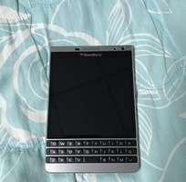 10 Blackberry Passport Silver Edition