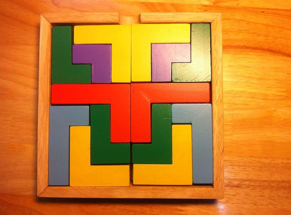 Kết quả hình ảnh cho Bộ xếp hình 14 chi tiết gỗ pentomino