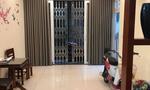 Cần bán gấp nhà đẹp phố Cát Linh, 3 mặt thoáng, 5 tầng, MT 4m, giá nhỉnh 4 tỷ.