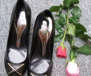 Giày dép si Ý, Hàn, Nhật... hàng đẹp giá rẻ