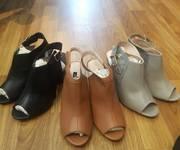3 BST Giày cao gót trụ bít chân classic