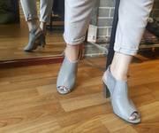 6 BST Giày cao gót trụ bít chân classic