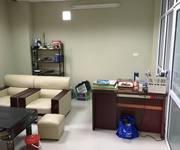 1 Cho thuê văn phòng phố Trần Thái Tông DT  20m2- 50m2 , giá từ 5 triệu/ tháng