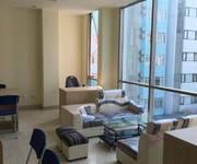 2 Cho thuê văn phòng phố Trần Thái Tông DT  20m2- 50m2 , giá từ 5 triệu/ tháng