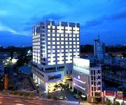 Toà nhà MT cho thuê đường thời trang Nguyễn Trãi. Quận 1  DT 8x16m. DTSD: 1250m2, Giá TL