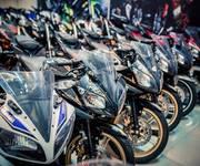 7 Showroom Mạnh Motor 152 PHẠM VĂN ĐỒNG chuyên mua bán,trao đổi xe côn tay thể thao...