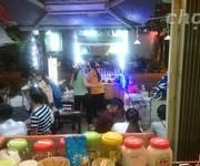 1 Sang nhanh quán trà sữa gần ĐH Kinh Tế