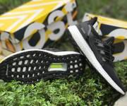 3 Chuyên Adidas Ultra boost