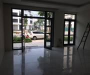 Cho thuê biệt thự Làng Việt Kiều châu ÂU, Mỗ Lao , Hà Đông  150 m2 X 3 tầng . 25tr.