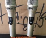 1 BT600F siêu phẩm micro không dây chuyên cho phòng hát