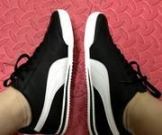 4 Giầy Puma Roma Sneaker Boots Đen và Trắng