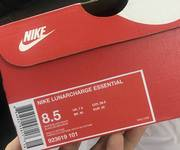 1 Giày Nike lunarcharge essential  auth 100