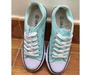 7 Chuyên order đặt hàng sỉ giày thể thao nữ - số lượng từ 4 đôi trở lên