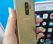 4 Giá siêu sốc: Samsung S9 Plus Singapore 2.499.000vnđ