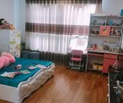 Gia đình cần cho thuê căn hộ chung cư