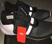 7 GIày lining size 41