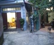2 CHUYỂN NHƯỢNG BĐS tại thôn bái nội quốc oai có nhà 2 tầng cục đẹp, giá  cưc sốc