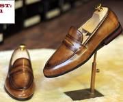 Giày da nam đẳng cấp cho doanh nhân thành đạt.