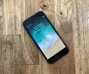 1 Bán iPhone 7 128gb đen bóng xách tay như mới