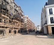 5 Bán căn hộ chung cư khu 5 tầng gần đài phun nước - Pruksa town