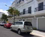 Cho thuê nhà 2 lầu có 4 máy lạnh Khu dân cư 91B giá 10 triệu Miễn Trung Gian