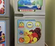1 Tủ lạnh toshiba 145lit mới 85% gas lốc zin giá 1tr650