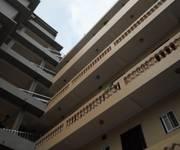 7 Cho thuê  căn hộ chung cư mini: Liễu Giai Đào Tấn, thang máy, đầy đủ tiện nghi.