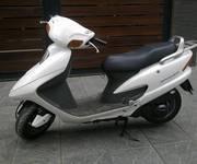 1 Honda spacy 125cc nhập khẩu màu trắng đời chót 2007 chính chủ