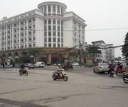 3 Nhà mặt phố Thuỵ Khê MT 7m DT 108m giá 210tr/m2 chính chủ xây Tổ hợp.