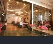 7 Khách sạn 3 sao mặt tiền Hoàng Văn Thụ-Thành phố Nha trang.