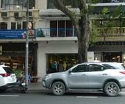 Bán hoặc cho thuê nhà mặt tiền đường Đồng Khởi, Quận 1: 4.55m x 23m, 1 lầu, đối diện KS Caravelle...
