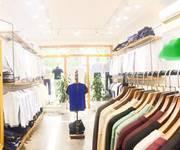 2 Cần sang nhượng, cho thuê shop thời trang tại Phố Huế, giá tốt.