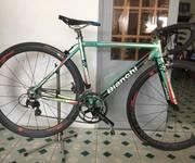 Xe đạp đua bianchi của Ý group 105 còn đẹp