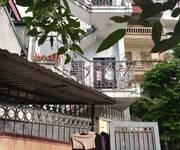 Cho thuê nhà tầng 3 chính chủ phố Nguyễn Chính