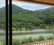 Tôi cần bán lại biệt thự mặt hồ thung lũng Bản Xôi 300m2