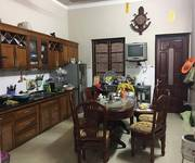 1 Cho thuê nhà diện tích 100 m2, nhà 3 tầng mỗi tầng 60 m2, sạch đẹp, tại Giáp Nhị, Hoàng Mai