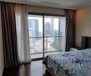 Chính chủ cho thuê căn hộ Vincom Đồng Khởi, 72 Lê Thánh Tôn, Quận 1. Diện tích: 150 m2.