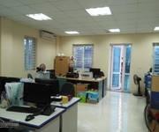 Cho thuê văn phòng làm việc phố láng hạ đống đa tòa nhà có dt 100m2 x 9 tầng , Mt 7m, sàn thông,  -