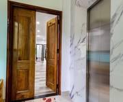 12 Chính chủ cần cho thuê căn hộ cao cấp, full nội thất tại Tây Hồ.