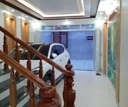 Nhà độc lập 4 tầng oto vào nhà khu Lê hồng phong