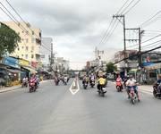 4 Xuất cảnh cần bán nhà mặt tiền Huỳnh Tấn Phát, P. Phú Thuận, Q7.