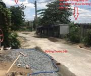 6 Cần bán gấp đất 64m2 giáp mặt tiền Đường 182-Q9  TNPA-Lã Xuân Oai