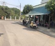 1 Bán Đất thổ cư thị trấn củ chi thuận tiện kinh doanh mua bán trước nhà.
