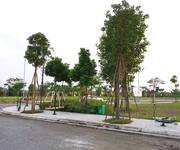 8 Bán đất nền Văn Giang sát Ecopark, sổ đỏ, không bắt xây, vay lãi 0 12 tháng. 108-259m2