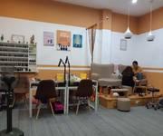 Sang nhượng cửa hàng nail   mi DT 45 m2 x 2 tầng mặt tiền 8 m Phố Quang Trung Q.Hà Đông Hà Nội