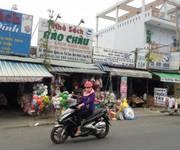 1 Gia đình làm ăn thua lỗ nặng cần bán gấp 600m2 đất thổ cư gần bệnh viện Hòa Hảo đang xây, gần chợ