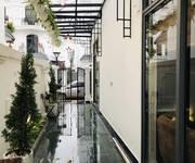 3  Đẹp xuất sắc - giá thuê siêu rẻ - căn hộ Vinhome - bao dịc vụ chỉ cần đến ở